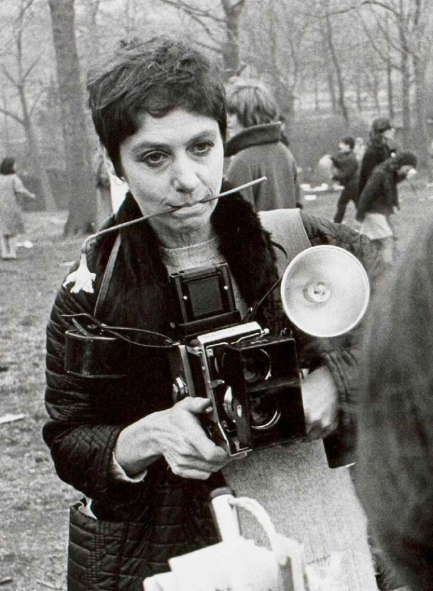 Diane Arbus at work